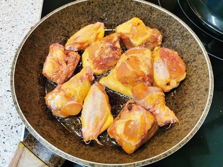 Pochas con pollo de corral, una receta sana y casera