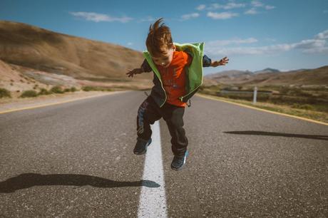 Javier Mandil explica los procedimientos de ACT para niños y adolescentes