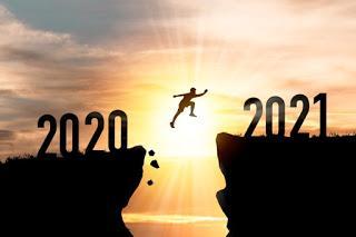 + Reiniciando año [OFF]