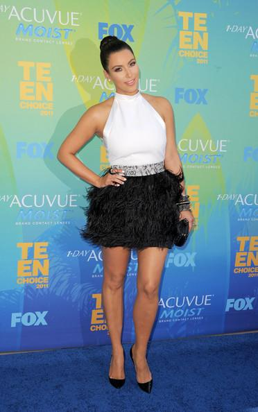 TV personality Kim Kardashian arrives at the 2011 Teen Choice Awards held at the Gibson Amphitheatre on August 7, 2011 in Universal City, California.