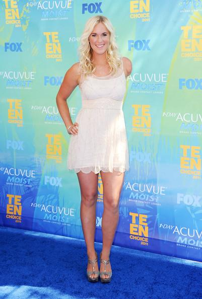Sufer Bethany Hamilton arrives at the 2011 Teen Choice Awards held at the Gibson Amphitheatre on August 7, 2011 in Universal City, California.