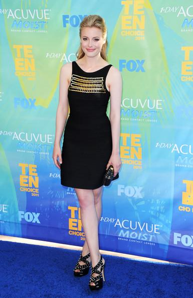 Actress Gillian Jacobs arrives at the 2011 Teen Choice Awards held at the Gibson Amphitheatre on August 7, 2011 in Universal City, California.