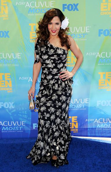 Actress Maria Canals-Barrera arrives at the 2011 Teen Choice Awards held at the Gibson Amphitheatre on August 7, 2011 in Universal City, California.