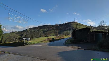 Cruce con la carretera de Faro hacia la Grandota