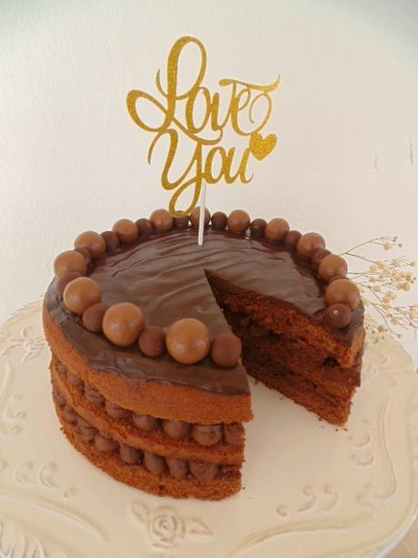Tarta extra de chocolate para enamorar