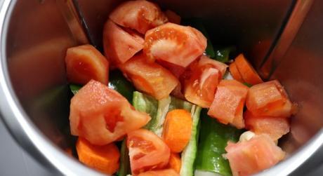 Ponemos todas las verduras y las trituramos