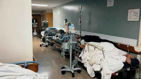 Cifra récord: casi 500.000 muertos por coronavirus en EEUU