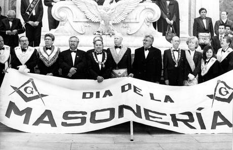 Hoy se celebra el Día Internacional del Masón