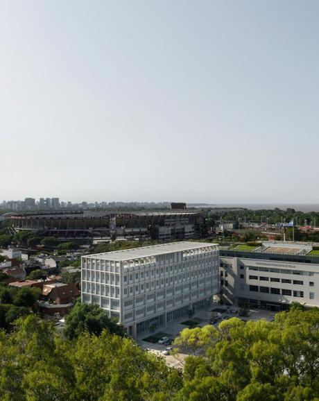 Universidad Torcuato Di Tella. Edificio Sáenz Valiente