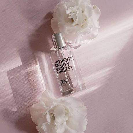 eau-de-toilette-authentic-beauty-concept-flores-blancas