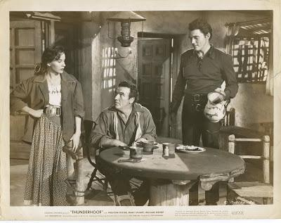 THURDERHOOF (USA, 1948) Western, Drama, Intriga