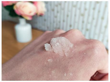 Exfoliante Mineral SeeSee vs Gel de Ducha Exfoliante Deliplus