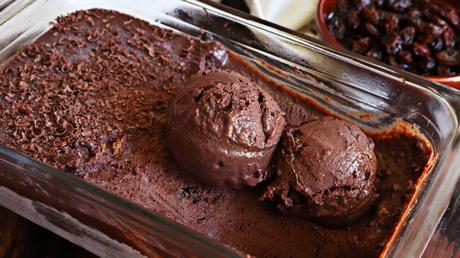 helado de chocolate caser con pasa de uva al rhum ron