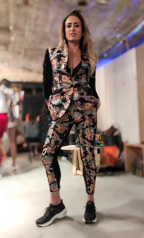 Labios y outfits con tendencias selváticas se imponen en Colombia