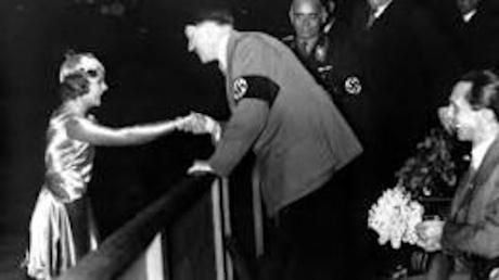 Renate Müller, Renata Muller, actriz,Alemania,Hitler,nazis,acoso,Marlene Dietrich,muerte inexplicada,cantante,famosa,República de Weimar,nazismo,Goebbels,propaganda nazi,cine