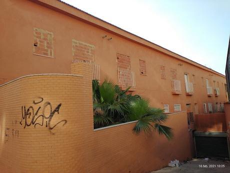 Imagen 2: Campanar y  Benimàmet son algunos ejemplos de ocupación de viviendas ilegales,  con un valor en el mercado 450.000 euros.