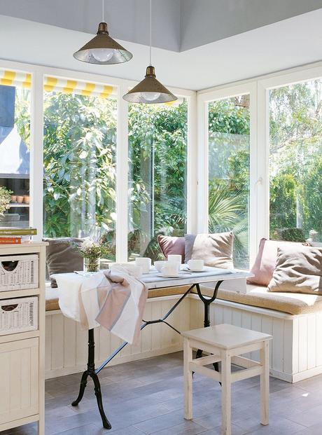 Un banco bajo la ventana ¡Ideas para vuestra casa!_16