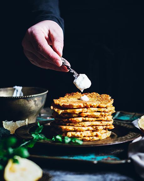 Tortitas con harina de garbanzos y zanahorias