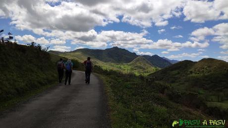 Saliendo de las Cruces hacia el Matacaleao