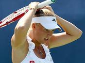 Cincinnati: Wozniacki eliminada; Serena retiró