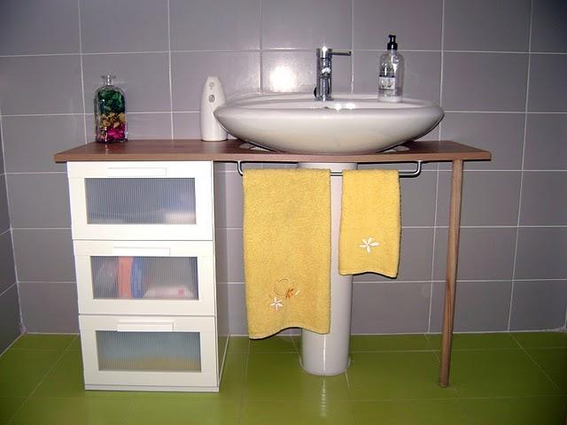 Ikea hack el mueble del ba o de yani paperblog for Como tunear muebles de ikea