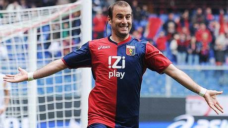 Rodrigo Palacio marcó 2 goles en la victoria del Genoa