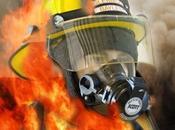 alguien patea pelota gana bombero salva vidas