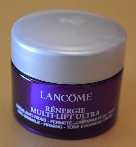"La crema reafirmante y anti-arrugas ""Rénergie Multi-Lift Ultra"" de LANCÔME"