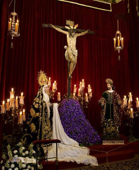 Un ratito de oración en la Capilla de La Carretería.