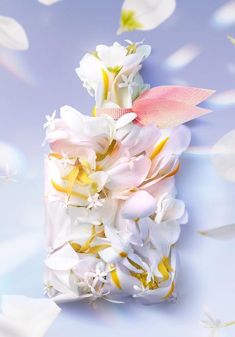 La Vie est Belle Soleil Cristal, una nueva versión con notas solares a base de coco