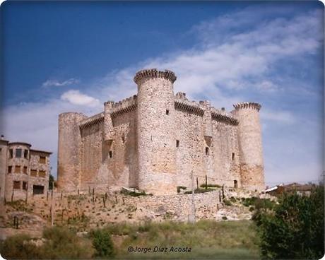 Torija y su castillo (Guadalajara)