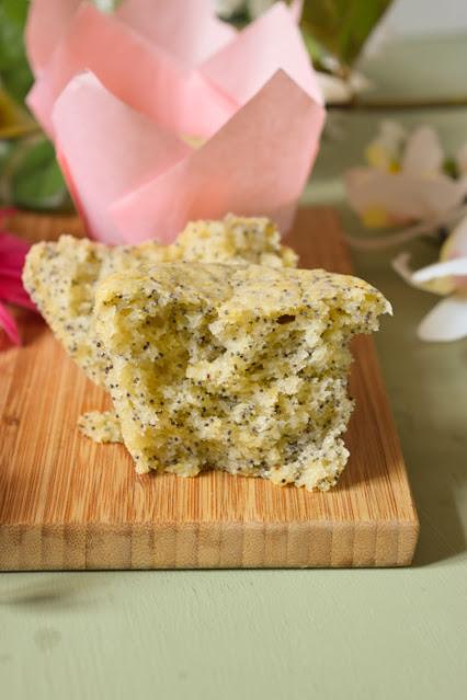 Muffins Veganos de Limón y Semillas de Amapola