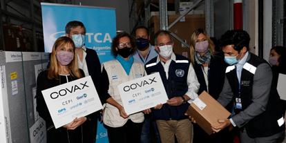 Llegada de vacunas COVID-19 a las Américas a través de COVAX