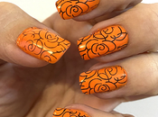 Manicura naranja reto Nails Eyes