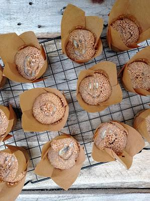 Muffins integrales de plátano con crema de cacahuete - Sin lácteos, sin huevo y sin soja