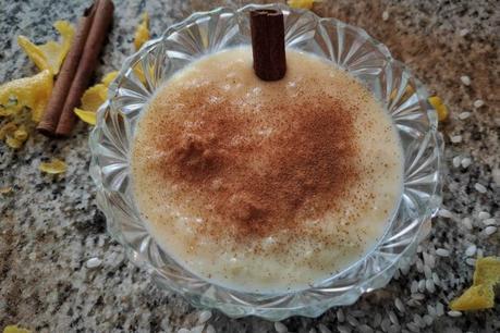 Arroz con leche cremoso tradicional