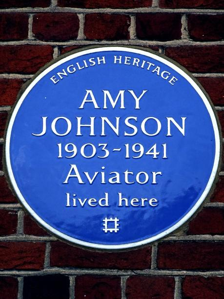 Amy_Johnson_1903-1941_Aviator_lived_here
