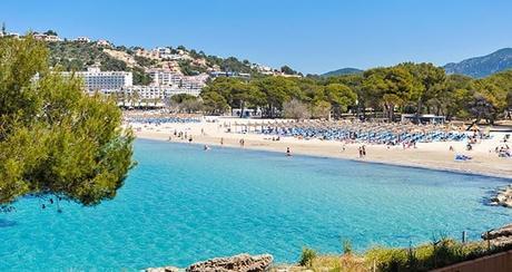 ¿Conoces Santa Ponsa y sus playas? localidad turística