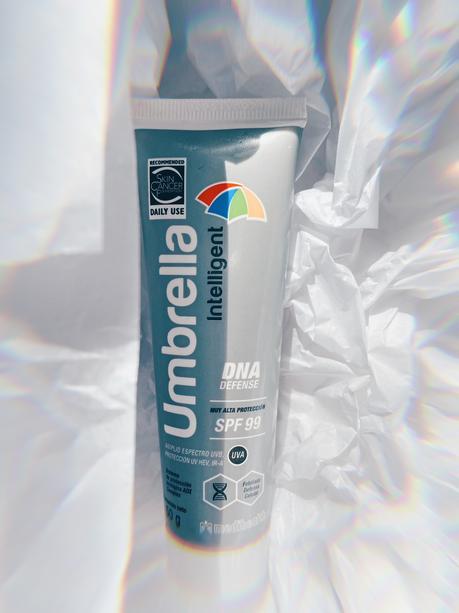 Protector solar Umbrella Intelligent SPF99, amplio espectro y algo más.