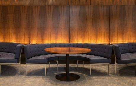 The-Four-Seasons-Restaurant-Interiors-By-Philip-Johnson-Capa-11
