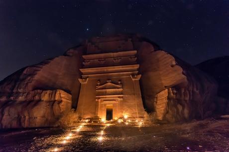 hegra-archaeological-site-tourism-saudi-arabia-2