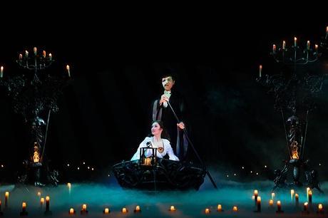 Sobre la producción de la ópera y su eterna apocalipsis