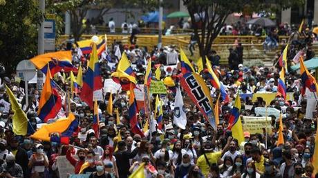 Todo lo que debes saber para entender qué pasa en Colombia