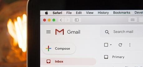 El correo electrónico te hace sentir miserable
