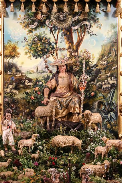 La Divina Pastora en el altar de cultos del Triduo