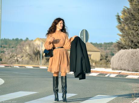 THE NUDE DRESS
