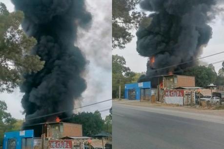 Video: Incendio consume taller en carretera Rioverde