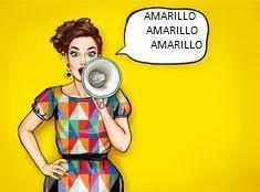 CHAQUETA BLAZER + TOP EN AMARILLO + FALDA FLOREADA