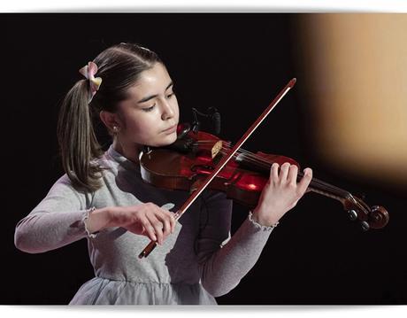 La niña del violín