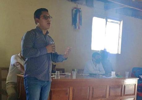 Autoridades indígenas niegan constancia a Edson Quintanar